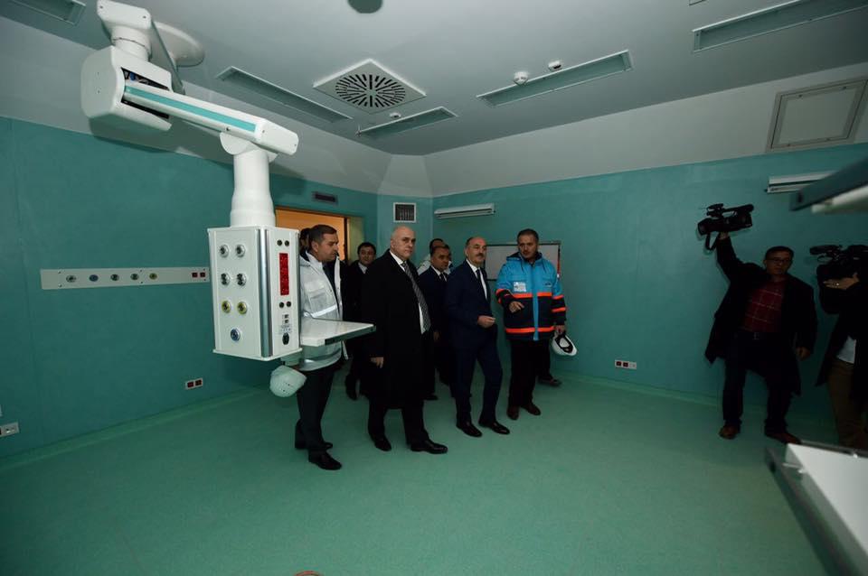 Sağlık Bakanı Mehmet Müezzinoğlu, Isparta'da 14 Şubat 2014'te temeli atılan Şehir Hastanesinde incelemelerde bulundu.